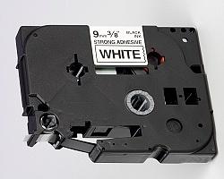 Páska BROTHER TZE-S221 bílá / černá 9mm